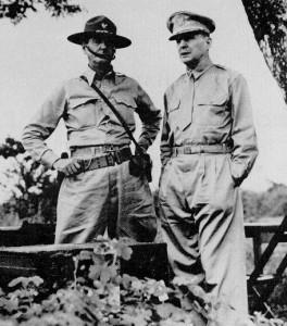 Generals Wainwright (left) and Douglas MacArthur (right)